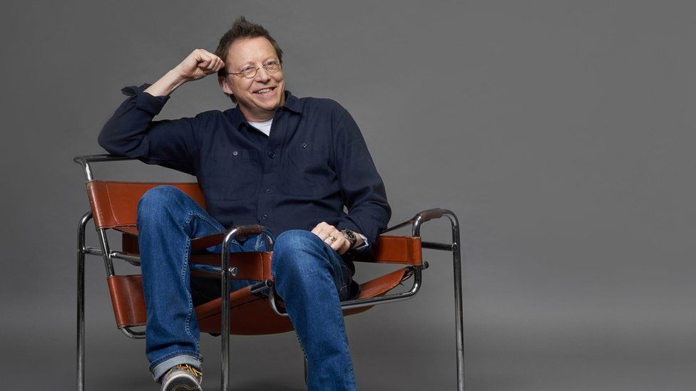 Publicity picture of Simon Mayo