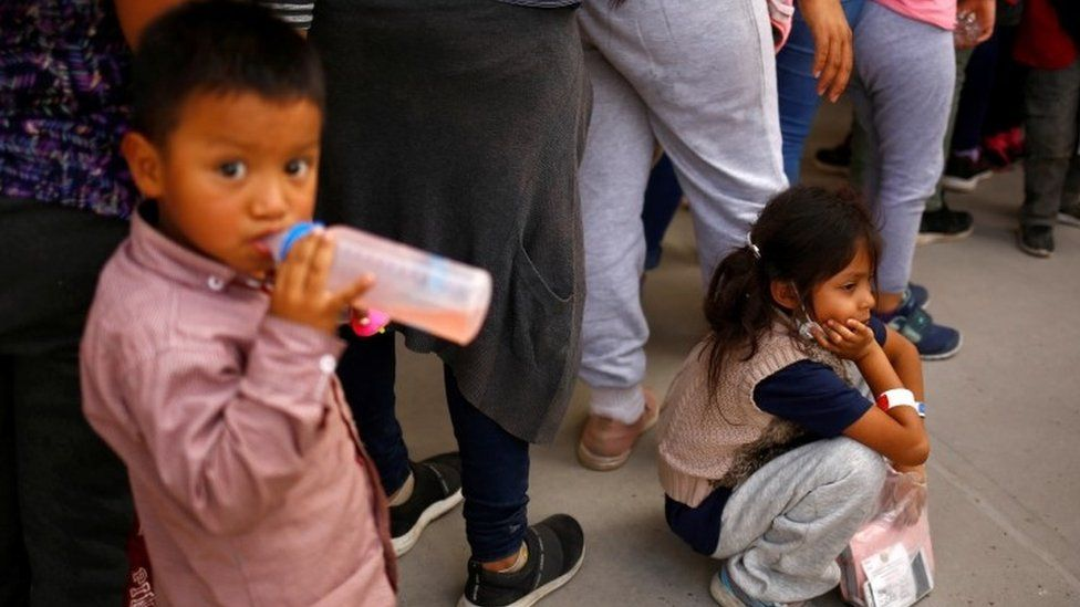 Big rise in numbers of migrant children on Mexico-US border thumbnail