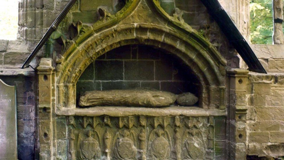 Bishop Cardeny's tomb