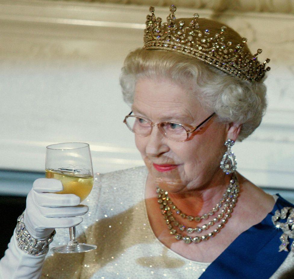 The Queen in America