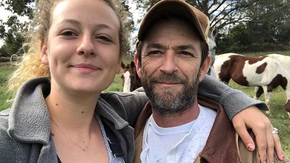 Left to right: Sophie Perry and her late father, Luke Perry