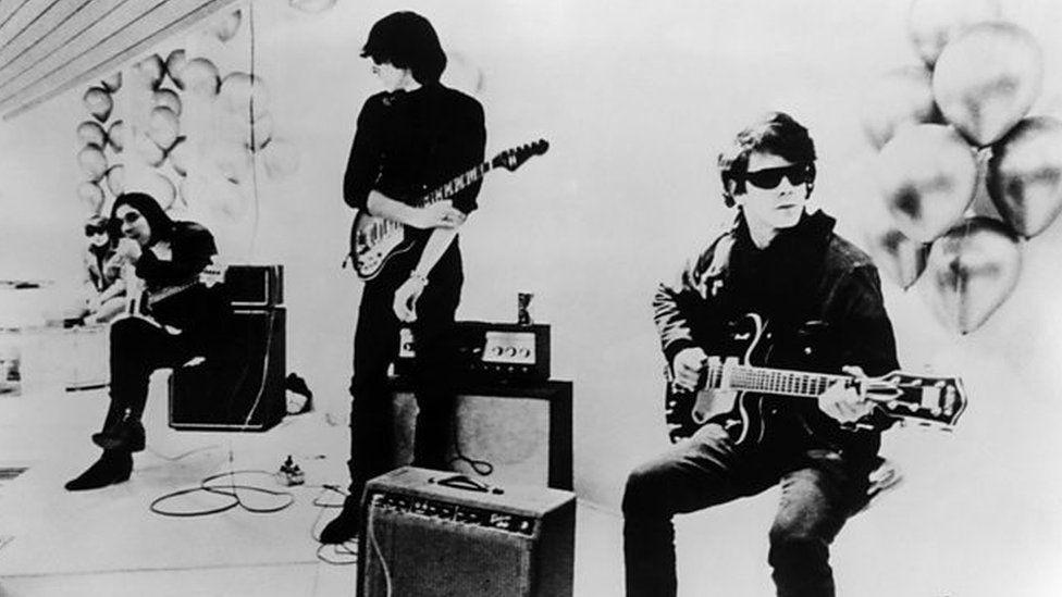 Velvet Undeground ychydig cyn iddyn nhw wahanu yn 1968