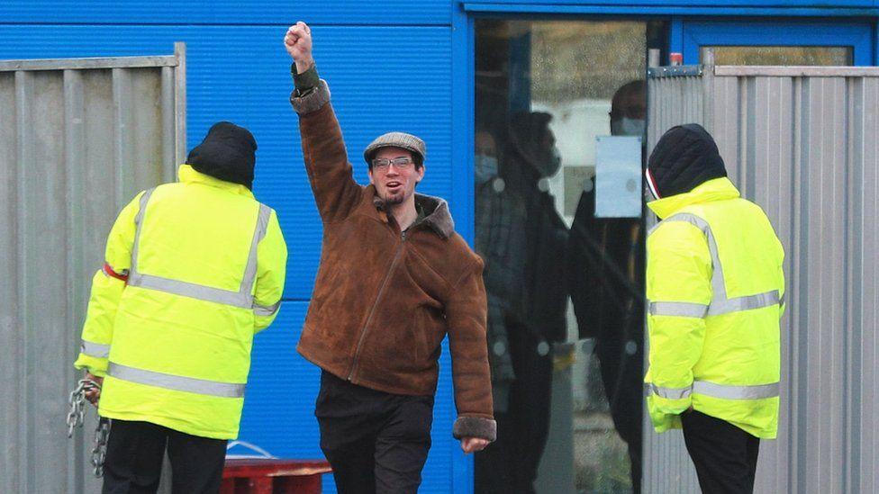 Matt Raw leaving quarantine in Wirral