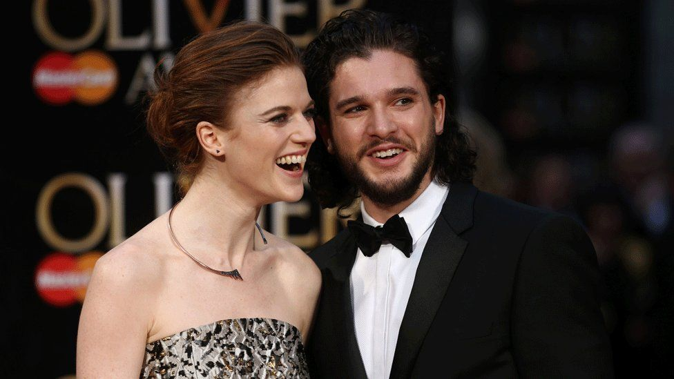 Kit Harington and Rose Leslie on the red carpet at the 2016 Olivier awards