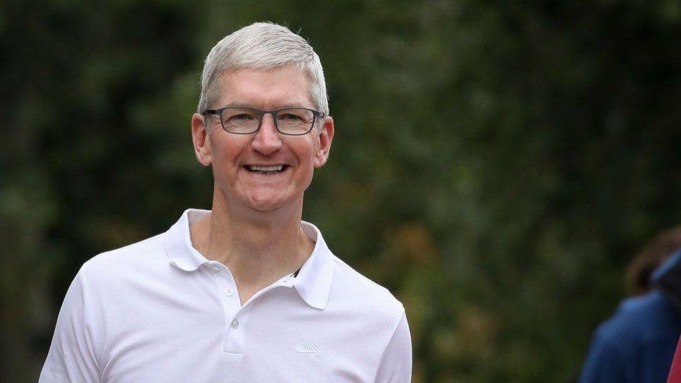 Kepala eksekutif Apple Tim Cook