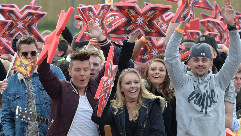 X Factor crowds at auditio day