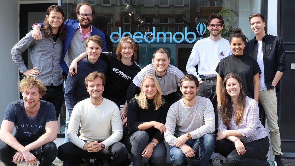 The team at Deedmob