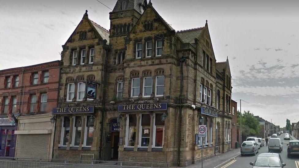 Queens pub in Bootle