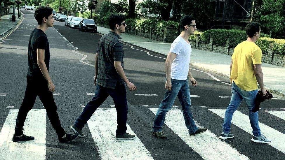 From left to right: Pedro Lopes, Murilo Moraes, Giuseppe Turchetti and Gian Seneda on the Abbey Road crossing