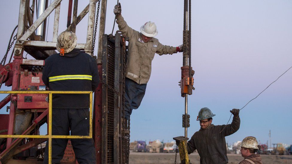 US oil workers in North Dakota