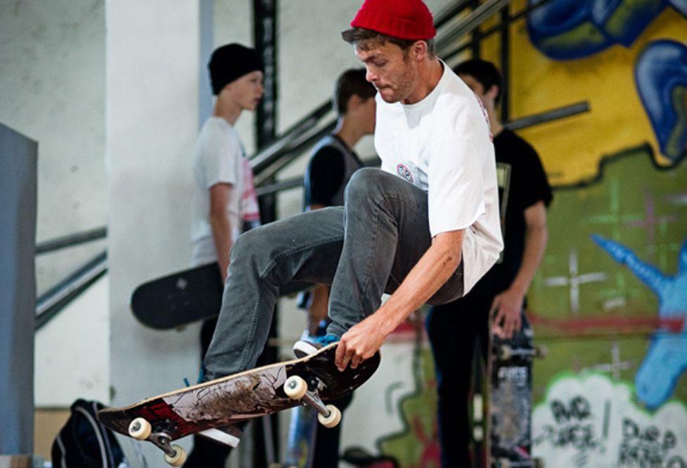 Per Olav on a skateboard