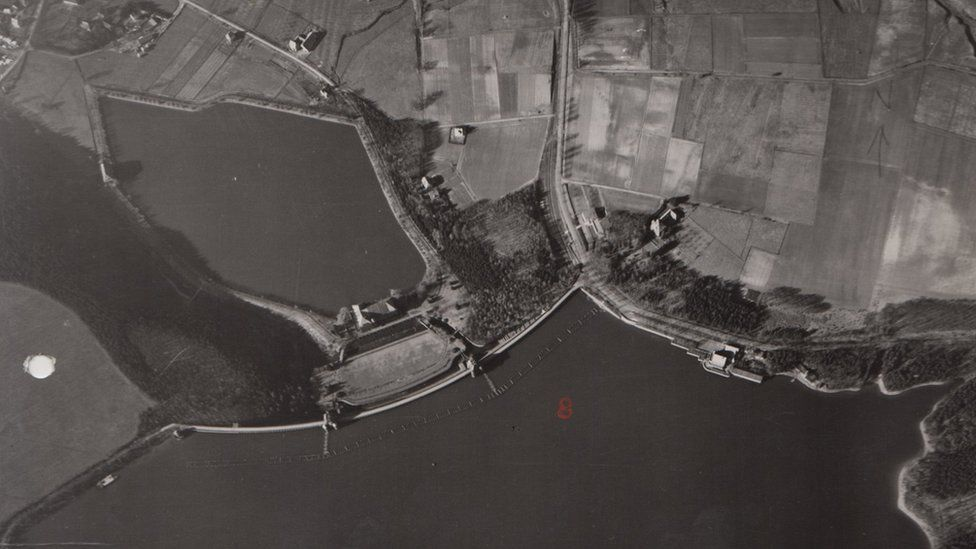 Mohne dam before attack breach