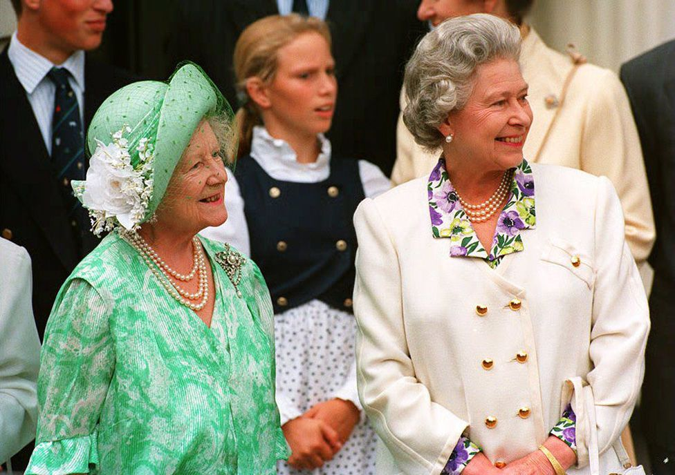 The Queen with her mother