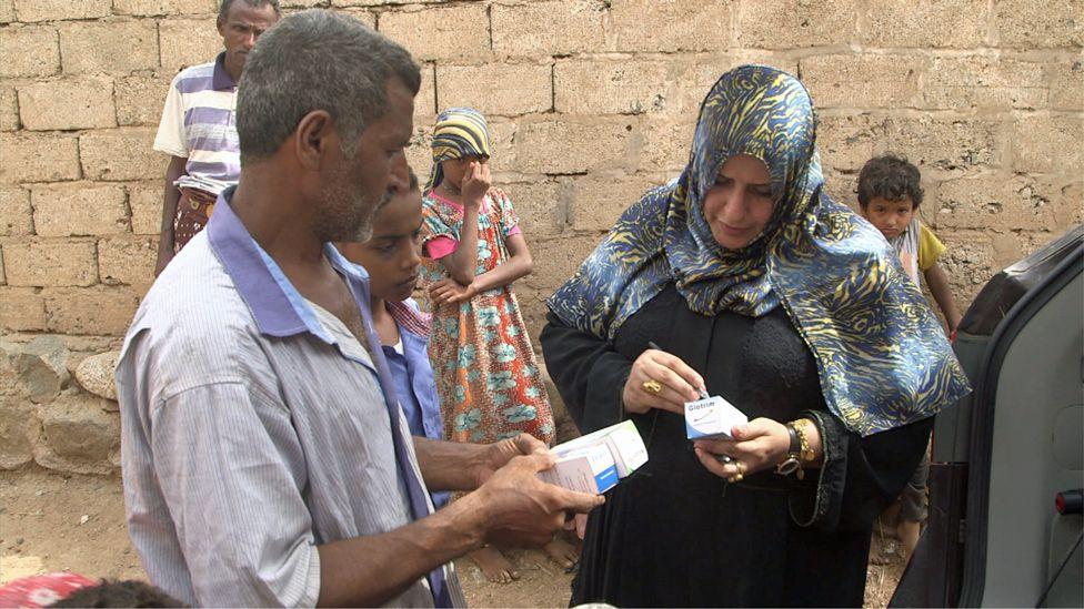 Ashwaq prescribes medicine