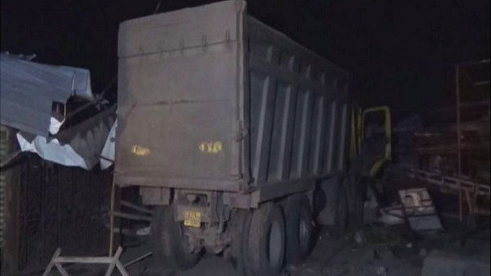 Surat accident: Truck crushes 15 migrant workers to death in India thumbnail