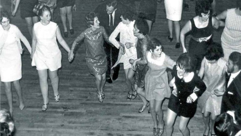 Works dance in the 1950s