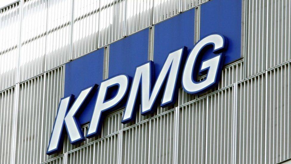 KPMG plans 400 jobs at new hub in Glasgow
