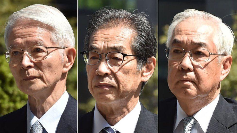Tsunehisa Katsumata (L), Ichiro Takekuro (C) and Sakae Muto (R) at the court on 19 September