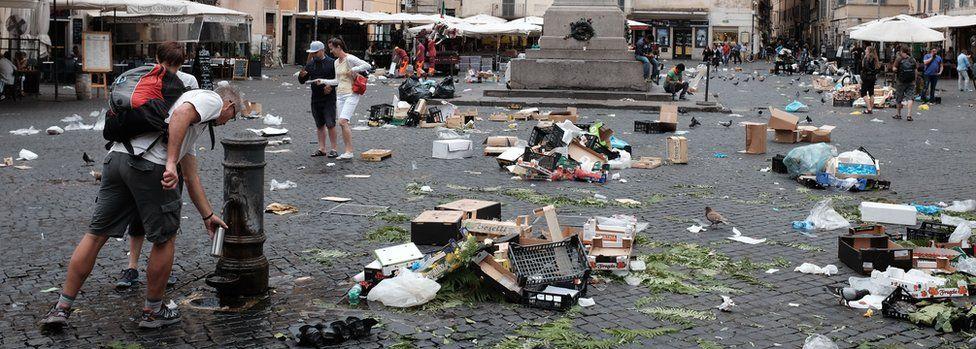 Camp de' Fiori in Rome (file pic)