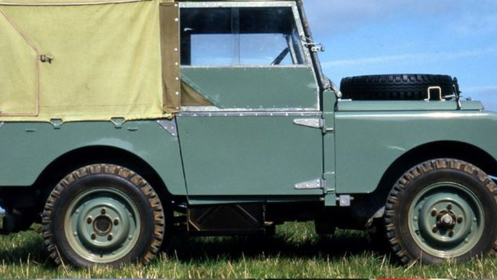 Hue 166, the oldest Land Rover