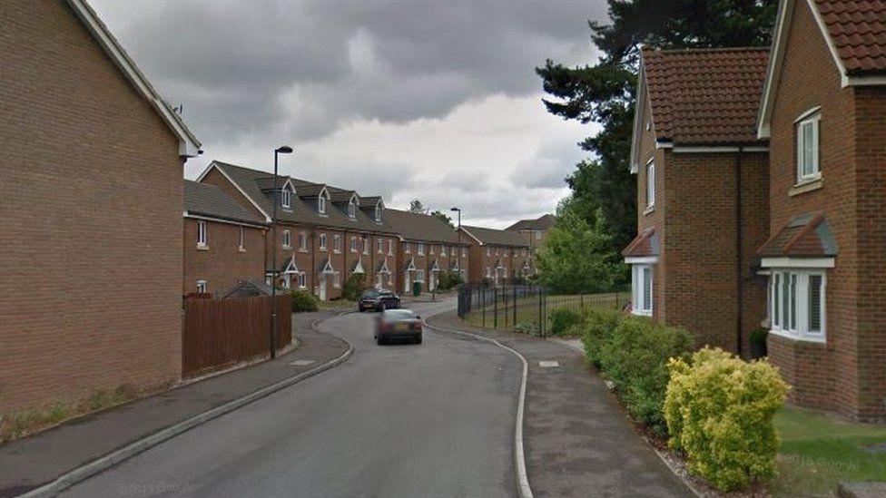 Stoneleigh Road