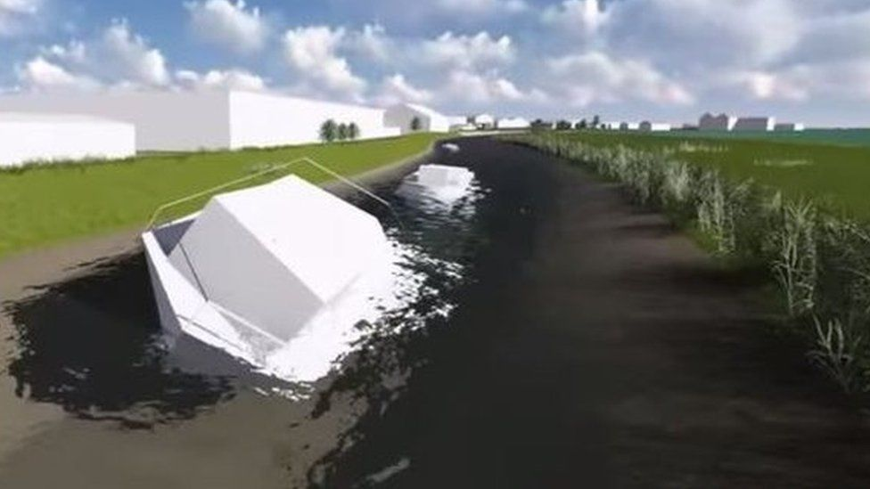 """East Riding of Yorkshire Council 3D video """"fly-through"""" of unused boats on River Hull"""