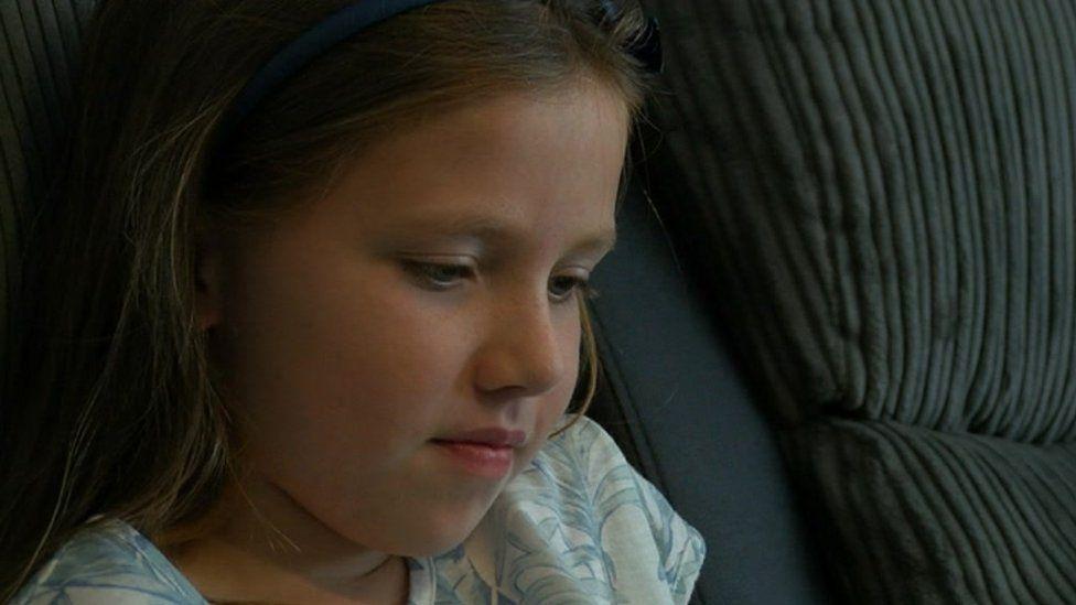 Aimee who has polyarticular juvenile arthritis