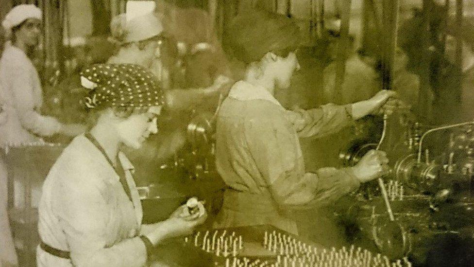 Canary girls working