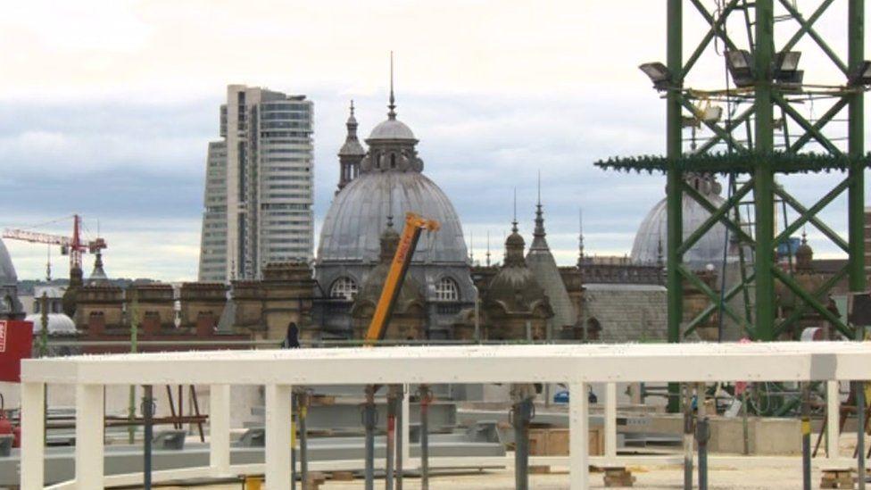 Cranes on the Leeds skyline