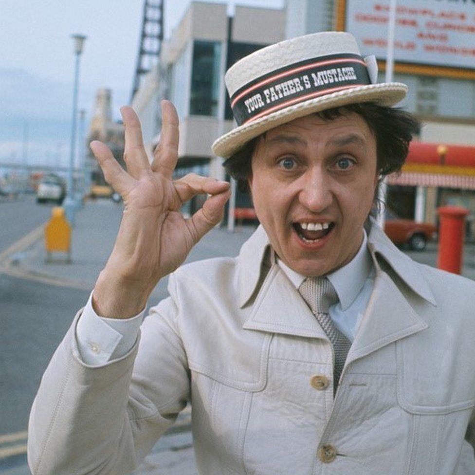 Ken Dodd in Blackpool in 1982
