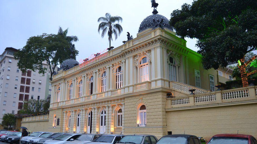 Palácio Amarelo construído pelo Barão de Guaraciaba e sede, hoje, da Câmara Municipal de Petrópolis