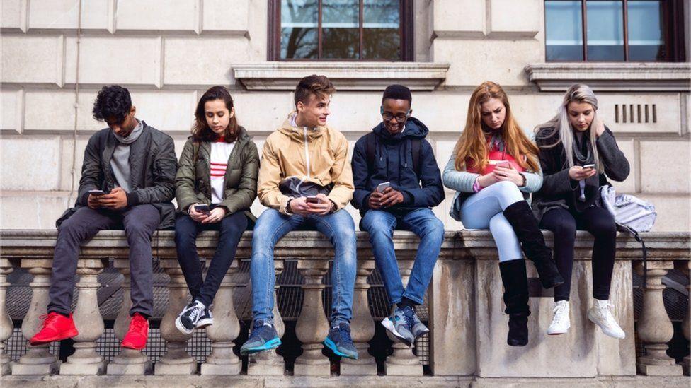 Teens on smartphones