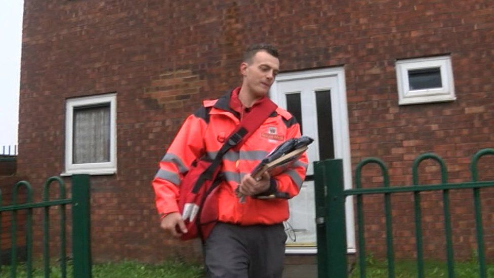 Lee Chapman as postman