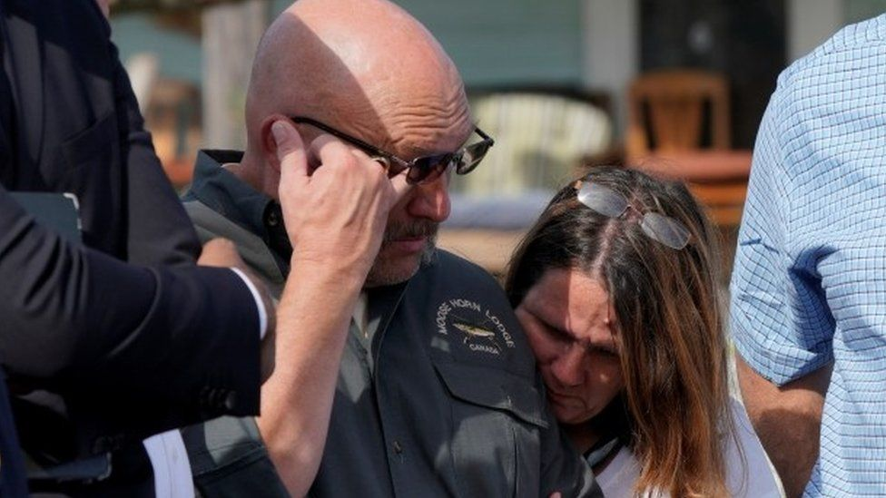 Pastor Frank Pomeroy with his wife Sherri the day after the Texas church shooting, 6 November 2017