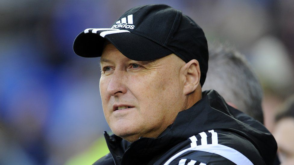 Russell Slade, Manager of Cardiff City during the Sky Bet Championship match between Cardiff City and Reading at the Cardiff City Stadium on November 7, 2015 in Cardiff, Wales.