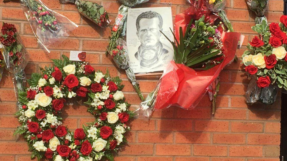 Harry Gregg tribute