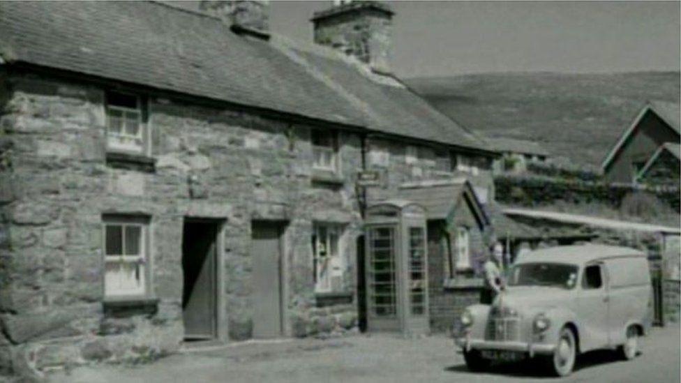 Capel Celyn post office