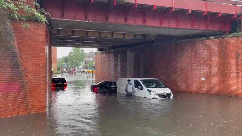 Flooding in Raynes Park