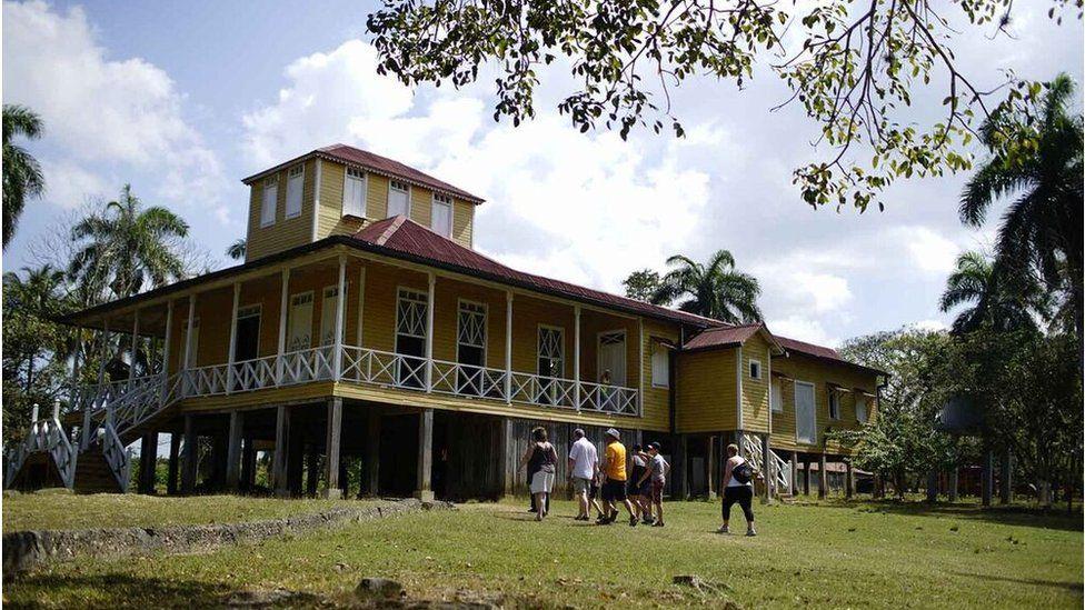 曼尼凯思(Finca Las Manacas),卡斯特罗家族房产