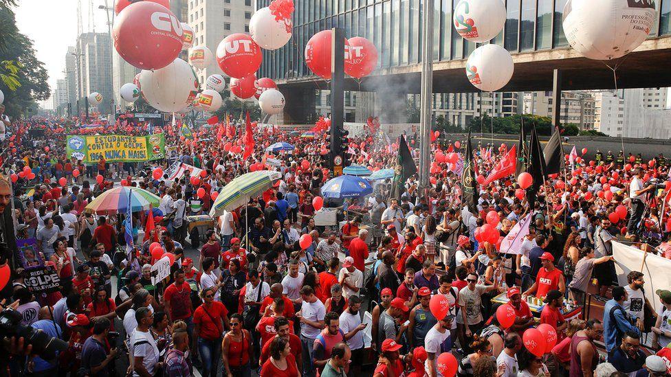 Pro-government protest in Sao Paulo