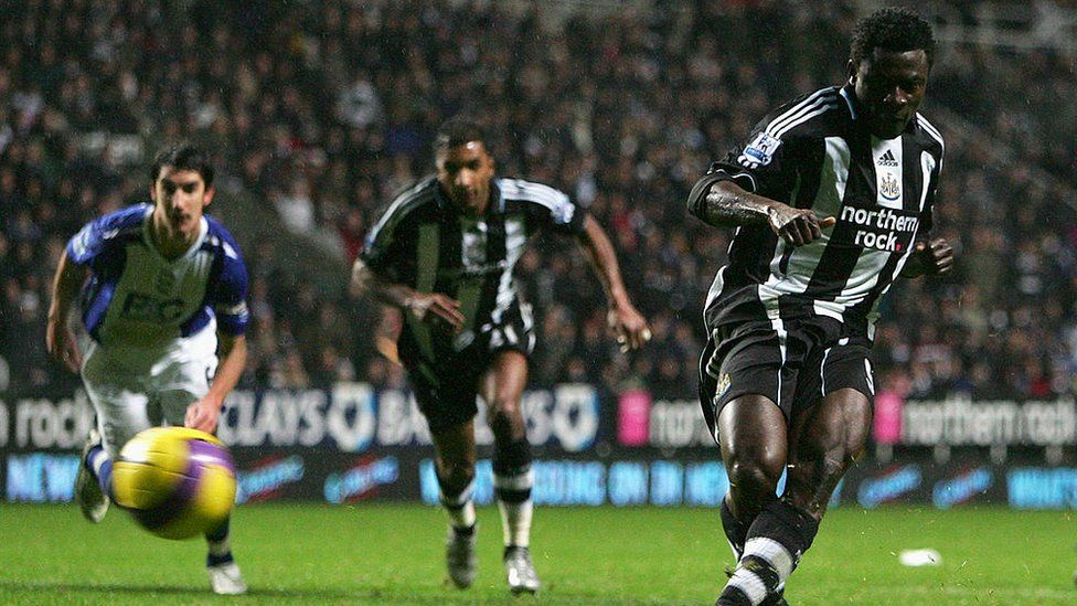 Obafemi Martins of Newcastle scores a goal from the penalty spot during the Premier League match between Newcastle United and Birmingham at St James' Park on December 08, 2007 in Newcastle, England