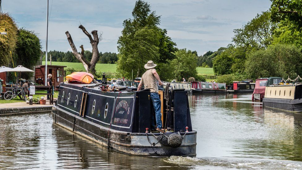 The Oxford Canal at Thrupp, near Kidlington