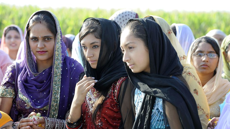 Sikh women in traditional garb