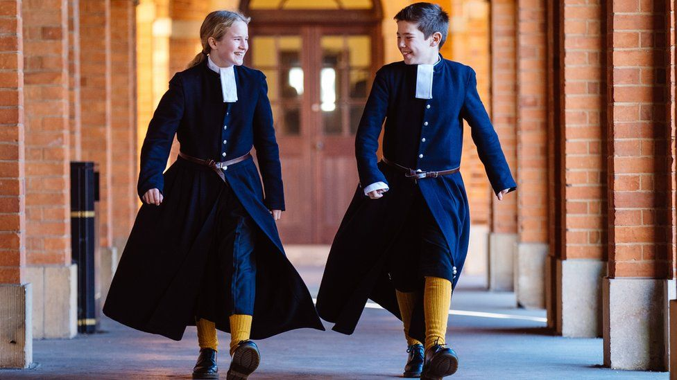 Reader questions: When were school uniforms introduced? - BBC News