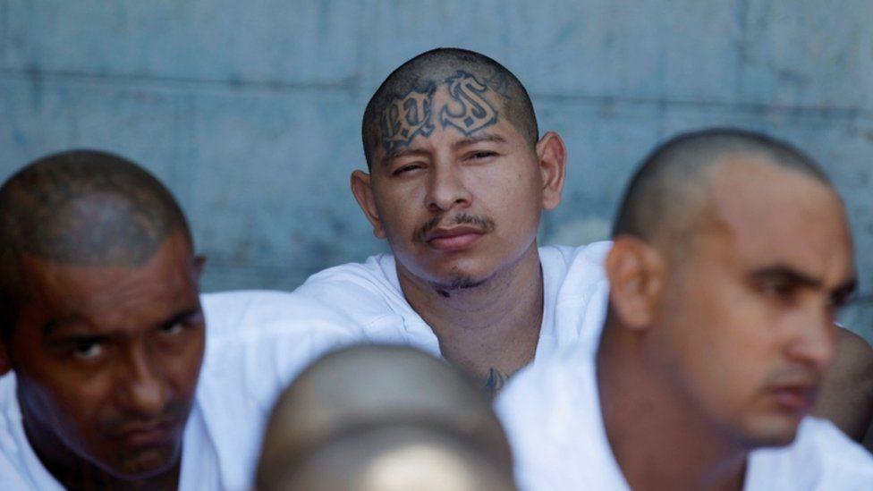 Suspected Mara Salvatrucha gang members in El Salvador, 16 Nov 2016