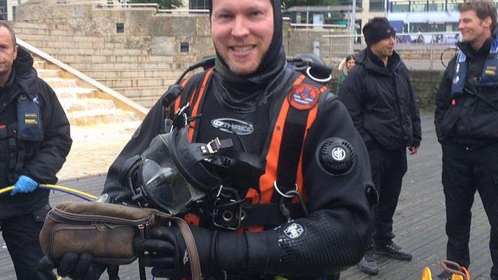 Police divers at Bristol Harbour