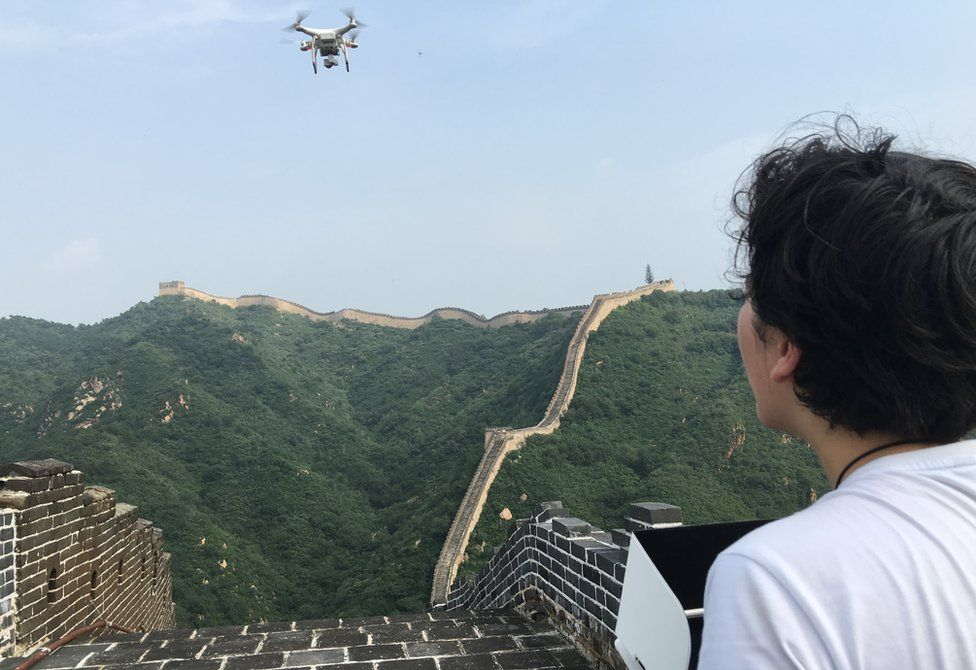 Operating a drone on the great wall