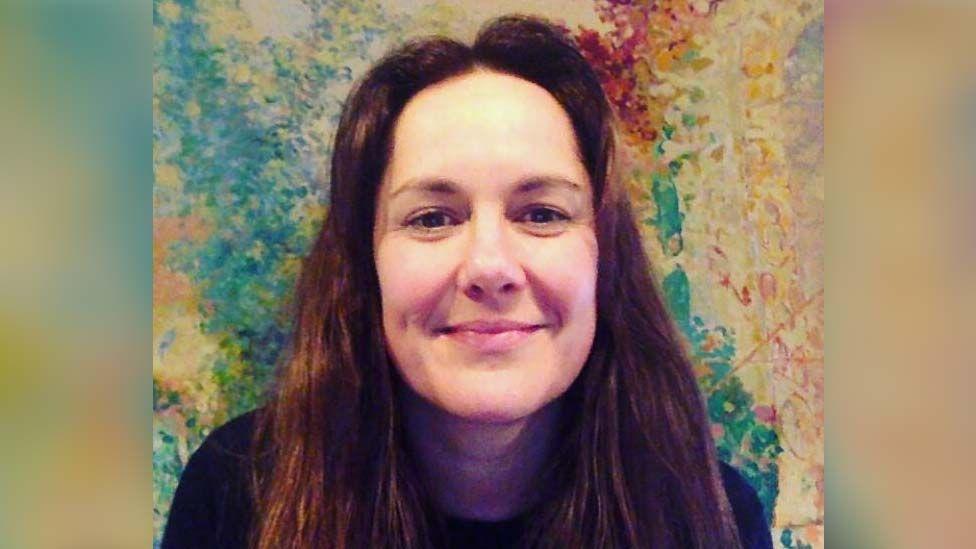 Lara Lloyd