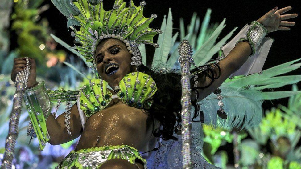 A reveller from Mocidade Independente de Padre Miguel, Rio 2017 samba parade