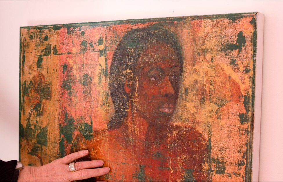 Geraldine Crimmins with one of her paintings